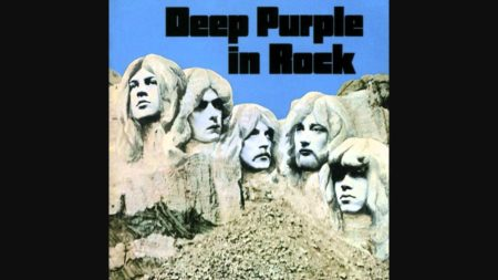 Into the Fire – Deep Purple
