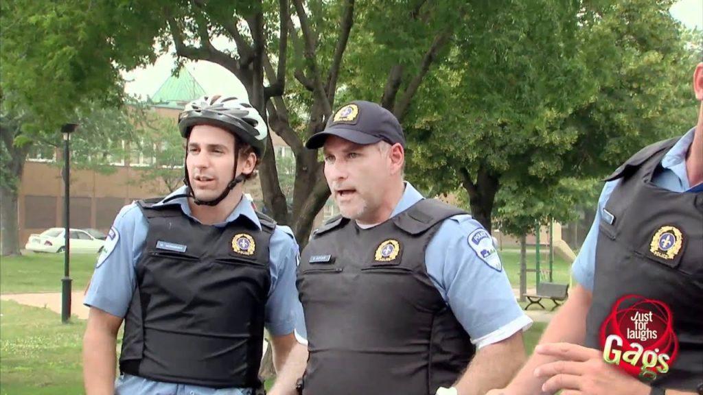 Hot Kiss Kiss Cops Gag