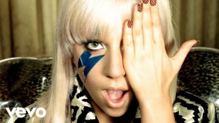 Lady Gaga – Just Dance