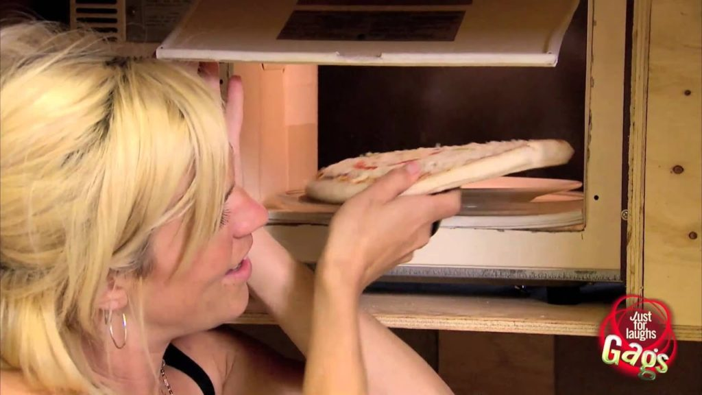 Magic Microwave Shrinks Pizza