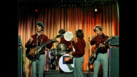 The Monkees – Last Train To Clarksville