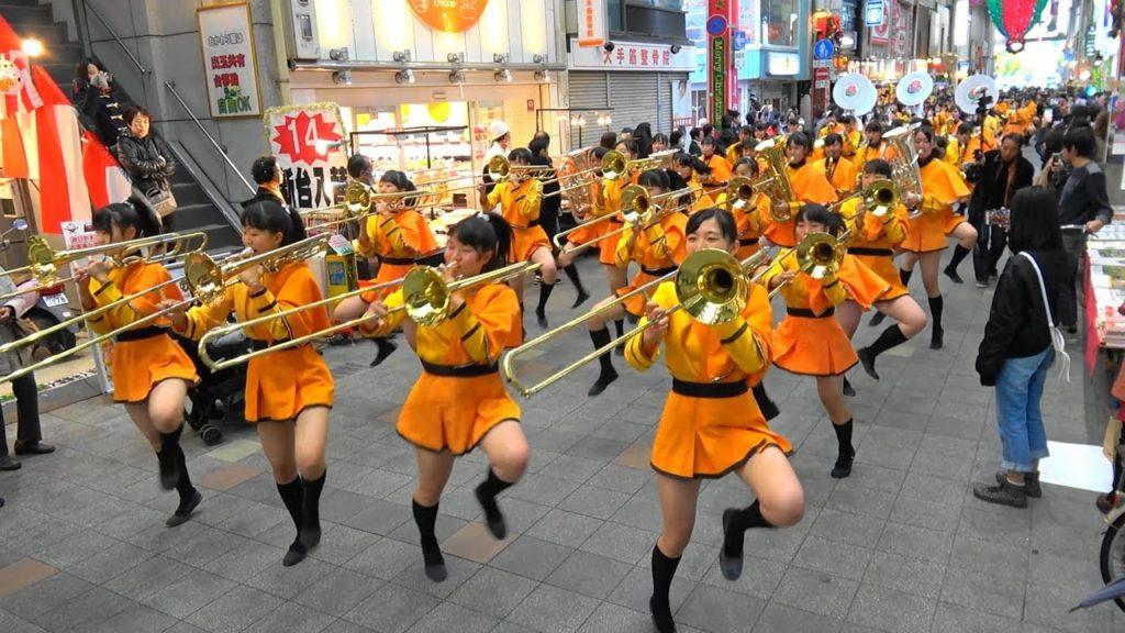 ローズパレード出場国内記念 大手筋商店街パレード