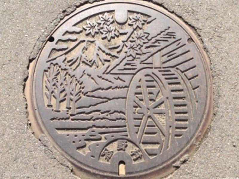 忍野村(山梨県)の「フタw」Part2